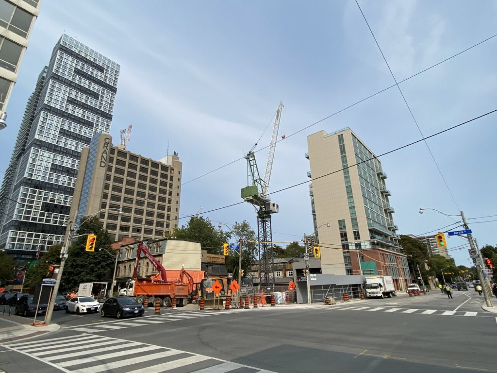 Crane work begins at hotel construction downtown Toronto