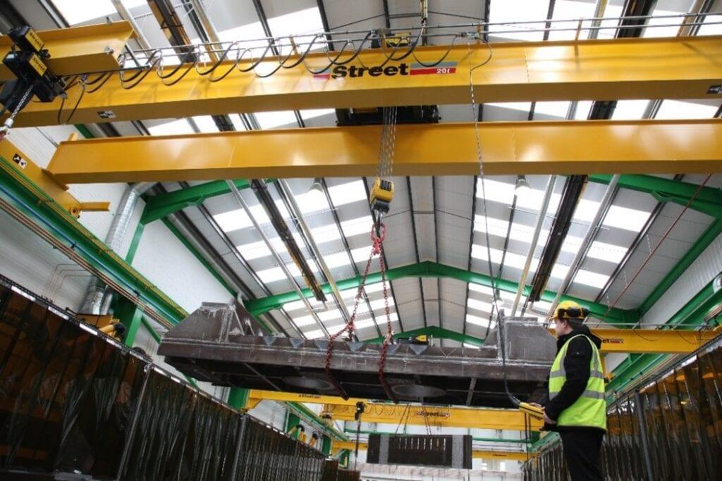 Crane hoist remote contorl
